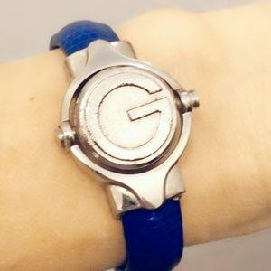 Vintage Gucci Reversible Twirl Medallion Watch